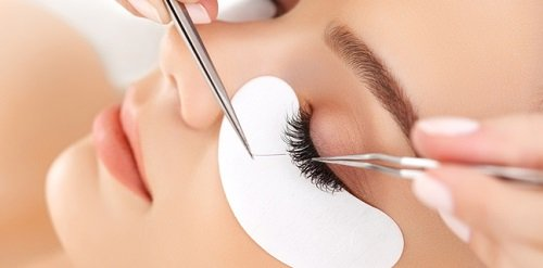 Eyelash Extension/Lift